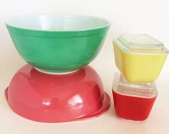 Vintage Pyrex Mixing Bowls/Refrigerator dishes, Set of Four Red, Gooseberry, Yellow, Green