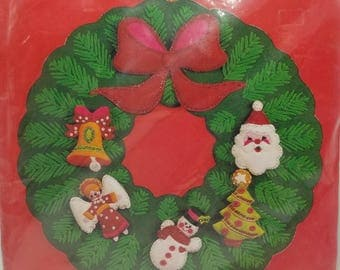 "Vintage Bucilla Kit 3396 Christmas Needlecraft Felt Jeweled Wreath  Christmas Wreath 16"" inch or 40.6cm Rd. SEALED Unopened Kit"
