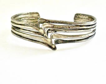 SALE 30% OFF  Vintage Mexican Silver Cuff (unsigned)
