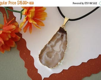 ON SALE Druzy Necklace Gold, Geode Necklace, Crystal Necklace, Gold Geode Slice Druzy,GG49