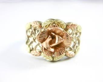 Size 8 1/4 Vintage Black Hills Gold Sterling Silver Flower Ring