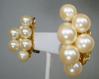 Dressy WHITE Pearl Clip Earrings, 1980s Beaded Clusters of White Lustered Round Pearls, Goldtone Metal Backs, Unused
