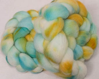 Cheviot, 100g, hand painted British wool top, roving, hand dyed fibre, fiber, spinning wool, hand dyed tops, Marsh Marigold