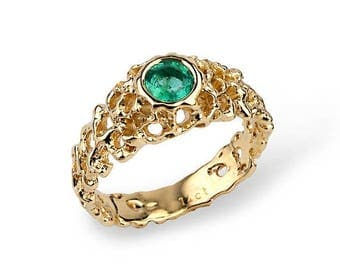 SALE 20% Off - CORAL 14k Gold Emerald Engagement Ring, Emerald Solitaire Ring, Green Emerald  Ring, Yellow Gold Ring, Unique Engagement Ring