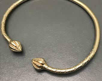 Ethnic Tribal Silver Bangle - Acorn Silver Embossed rope - Middle Eastern Jewelry