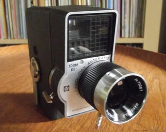 SALE 25% OFF Mid Century Mansfield Holiday Automatic Zoom EE 8mm 8mm Film Camera