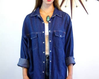 SALE 50% OFF Vintage 80s SASSON Dark Blue Jean Blouse Western Style Denim Top Long Sleeve Pearl Snaps 1980s Designer Boxy Chambray Shirt oo-