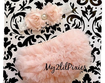 SALE BABY GIRL Headband and Bloomers, Baby Girl Bloomers, Newborn Bloomers, Diaper Cover, Ruffle Bloomers, Ruffle Bloomer, baby set, peach