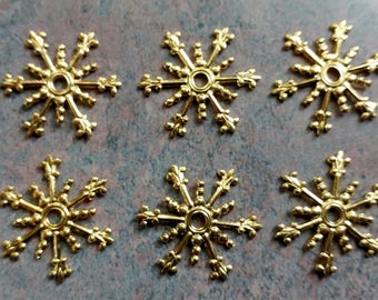Filigree Snowflake- Components- Vintage Filigree Jewelry Findings- Gold Plated Brass- Set of 6