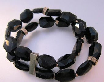 XMAS in JULY SALE Vintage Black Faceted Glass Bead Bracelet Double Strand Stretch with Rondelles Fit Small & Large Wrists Costume Jewelry Je