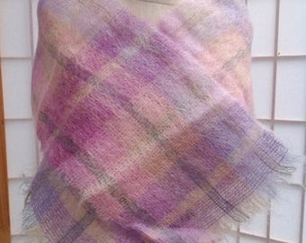 SALE Vintage Ladies women's Weavers Workshop plaid lavender purple pink wool mohair scarf.  Made in England.