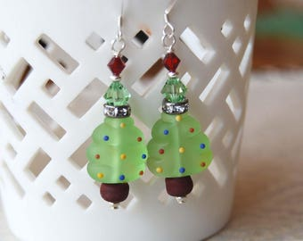 Sparkling Earrings, Christmas Tree Earrings, Lampwork Bead Earrings, Festive Earrings, Holiday Earrings, Tree Earrings, Green Earrings
