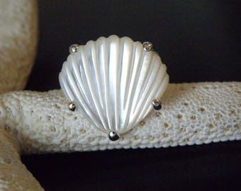 Vintage Sterling Silver 925 Carved Mother of Pearl Seashell Nautical Beach Ring Size 6.5