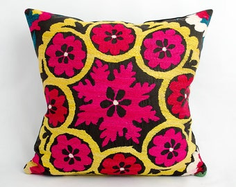 Uzbekistan suzani, pillow cover, accent pillow, handmade pillow, silk embroidery, vintage cushion