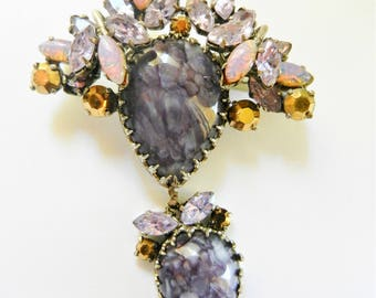 Gorgeous  dangle-style Art Glass Violet brooch richly adorned with purple rhinestones , Dragon Breath stones and gold chatons - Art.843/4