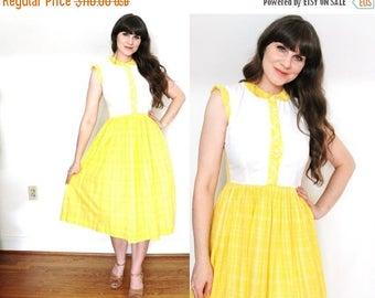 ON SALE 40s Dress / 1940s Dress / 1940s Lemon Yellow Lemondrop Cotton Day Dress