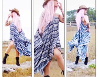 Sale L Festival season Gypsy Tunic Dress, Bohemian Magnolia White Blue Pearl Tunic, Boho Dresses Stevie Nicks, Vagabond, True Rebel Clothing