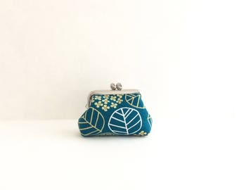 Leaf on Teal Coin Purse Frame Mini Pouch Mini Jewelry Case with Ring Pillow