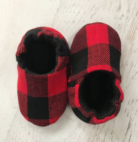 Buffalo check baby shoes