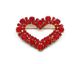Red Heart Rhinestone Brooch - Gold Metal, Friendship Pin, Sweetheart Jewelry, Valentines Day Gifts, Vintage Brooch, Gifts for Girlfriend