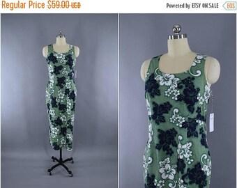 FLASH SALE - Vintage 1980s Hawaiian Dress / 60s Hawaiian Maxi Dress / HILO Hattie / Aloha Dress / Green Floral Print