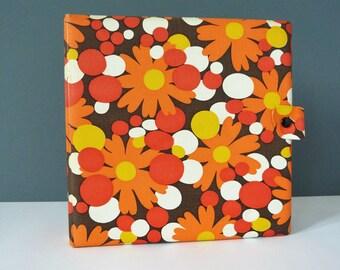 Vintage 45s Record folder / case singles flower power