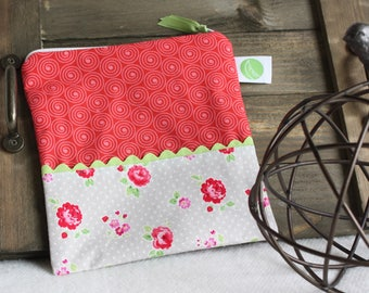 """Eco friendly 7.5"""" Reusable Sandwich Bag - 7.5"""" x 7.5""""- Food safe PUL lined, Zippered, Machine Washable"""
