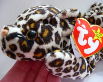 TY Beanie Baby Freckles the leopard   retired   style 4066   DOB 6. 3. 96.   tag errors   MWMT mint