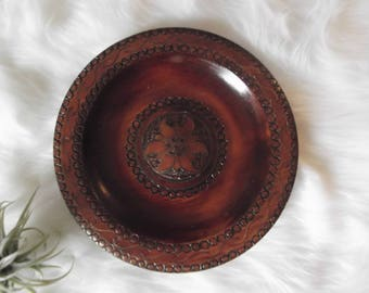 Vintage Wooden Plate Wall Decor
