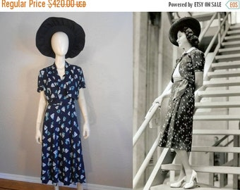 Anniversary Sale 35% Off Starboard Cocktails - Vintage 1930s Navy Dress w/Abstract Sails Matching Belt Bolero Jacket  - 12/14