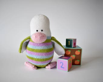 Stripes the Penguin toy knitting pattern
