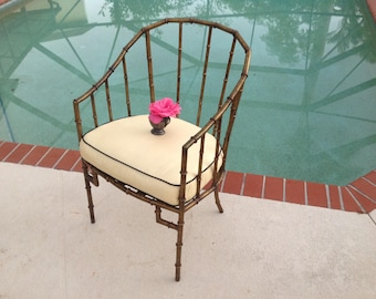 FAUX BAMBOO METAL Arm Chair / Hollywood Regency Faux Bamboo Gold Gilt Metal Chair / Metal Fretwork Chair Faux Bamboo Chair Retro Daisy Girl