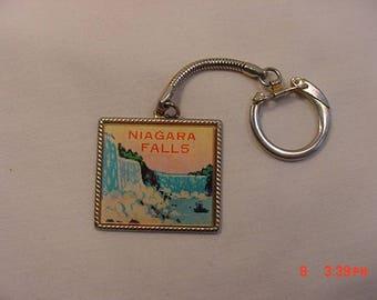 Vintage Niagara Falls Motion Key Chain  18 - 71