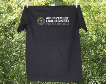 Achievement Unlocked: Fatherhood Men's T-shirt