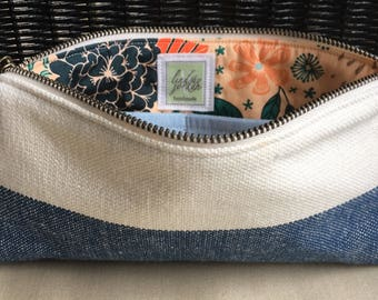 BLUE and WHITE linen blend fabric wristlet pouch: navy + coral floral lining | light blue stripe pocket