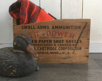 Mid Century Wooden Federal Cartridge 12 Gauge Shotgun Shell Crate - Ammo Box - Minneapolis, Minnesota