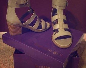 25%Off Steven madden sandals Sz 7/New Never Worn