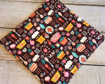 Pot Holder, Hot Pad, Potholder, Fabric Pot Holder, Fabric Hot Pad, Oven Potholder, Oven Hot Pad, Kitchen Potholder-Vintage Kitchen