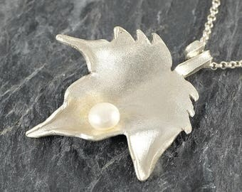 Leaf Necklace in Sterling Silver Fall Leaf Necklace with white Pearl Gift For Women Foliage Jewelry, Woodland Jewelry leaf Pendant