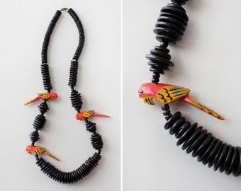 Parrots Necklace • 80s Necklace • Novelty Necklace • Wood Beaded Necklace • Painted Necklace • Wood Bead Necklace • Novelty Jewelry | N266