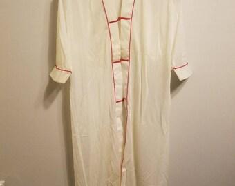 Vintage yolande oriental robe