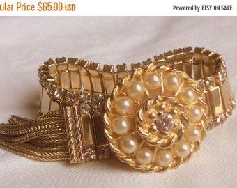ANNIVERSARY SALE Parco Vintage Gold, Rhinestone and Pearl Bracelet