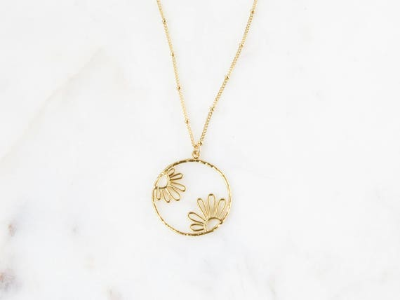 Flower Necklace | Long Gold Coin | Long Coin Necklace | Sunflower Necklace | Daisy Necklace | Dainty Circle Necklace | Dainty Daisy Necklace