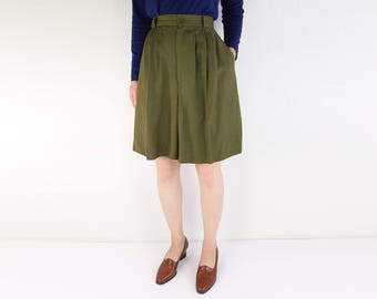 VINTAGE Linen Shorts Olive High Waist Pleated 1980s