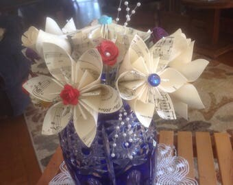 Origami Kusudama Music Flower Bouquet Amazing Grace and Blue Danube Waltz flowers