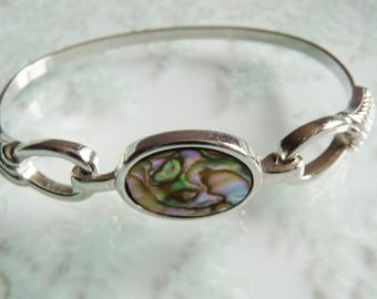 AVON 1970s Vintage Signed Mother of Pearl Abalone Silvertone Bangle