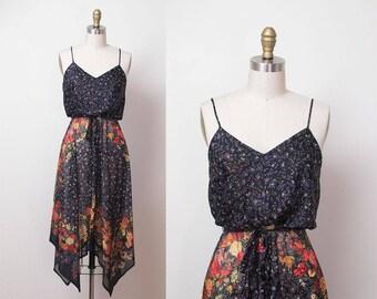 1970s Floral Print Sundress / 70s Handkerchief Hem Dress