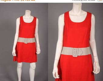 ON SALE Plus Size 60s A Line Dress -   Red Color Blocked Dress  - Vintage 1960s Mini Dress - L