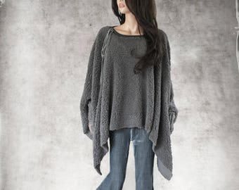 Gray women cape - drawstring adjustable neck - crochet lace cuff - big cover up - poncho fake fur