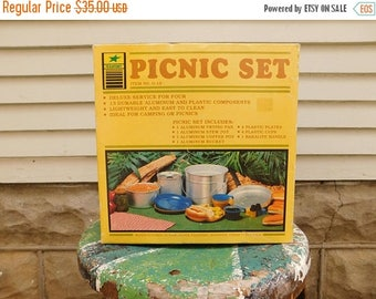 Birthday Sale Vintage Camping Aluminum Cookware and Picnic Set, Service For Four Plastic Plates and Cups